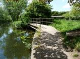 The Leicester Canal towpath at Freestone Bridge